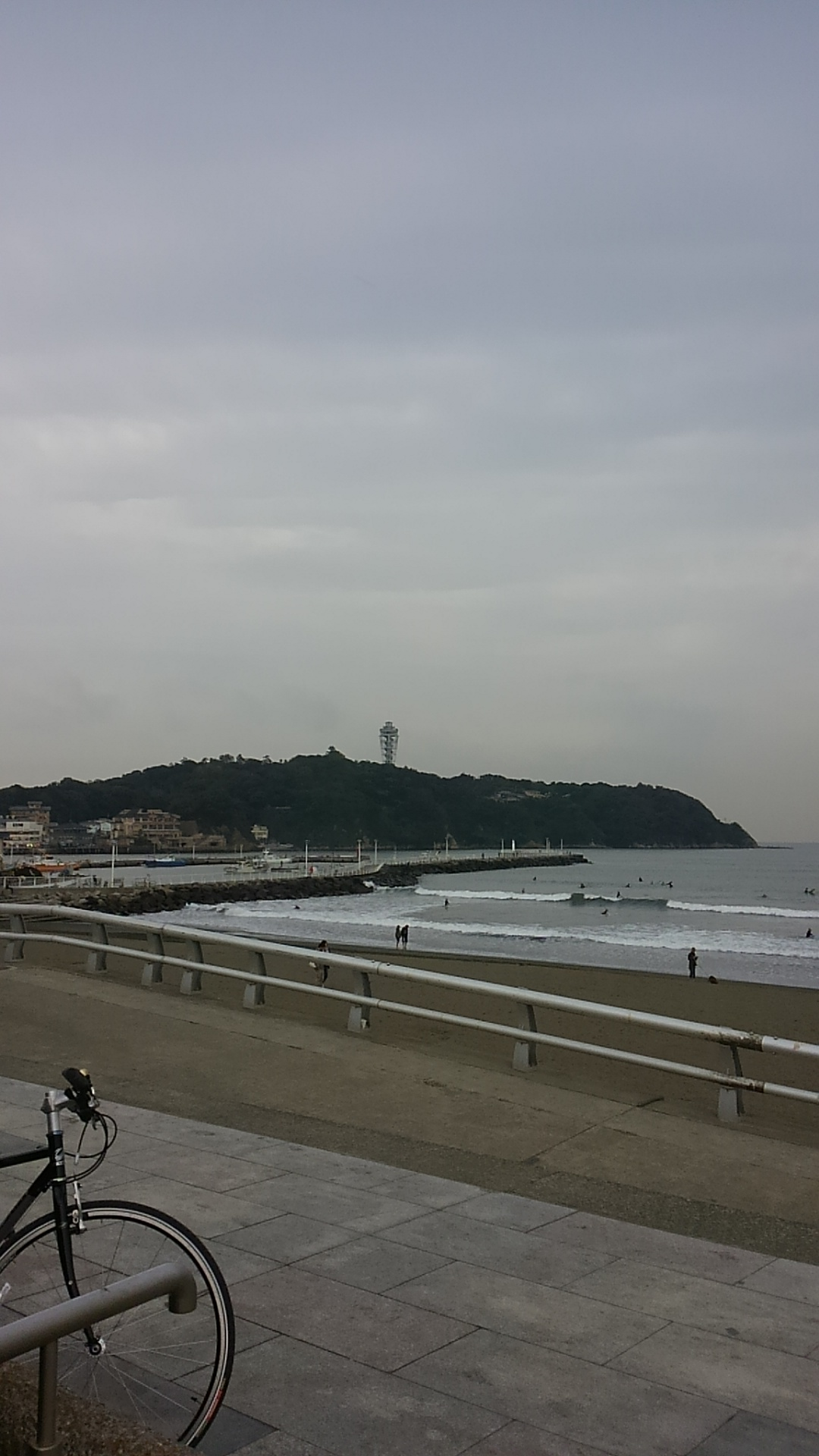 江ノ島に来てます